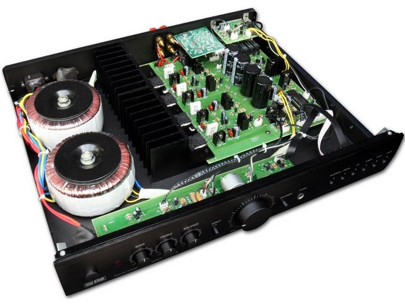 ampli BC-Acoustique EX222-interieur