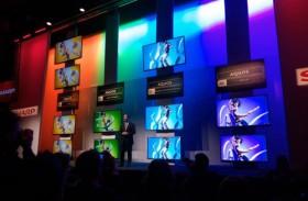 Un téléviseur 8K 3D sans lunettes présenté au CES 2014 par Sharp
