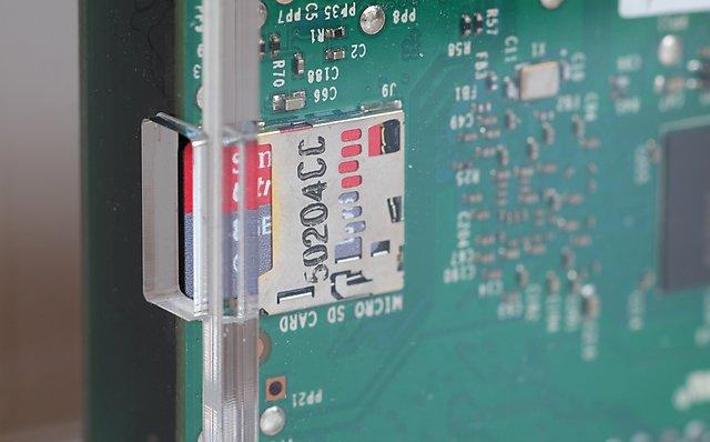 dac-RaspBerry-PI-avec-HifiBerry-DIGI-microSD-installation