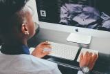 L'usage intensif des écrans peut-il nous rendre myope ?
