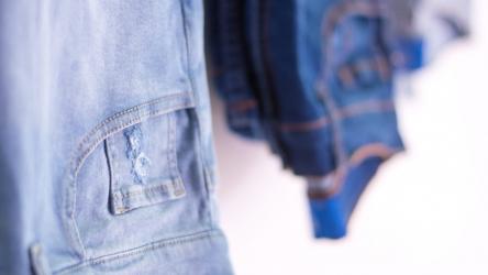 Comment bien porter un jeans quand on a du ventre ?