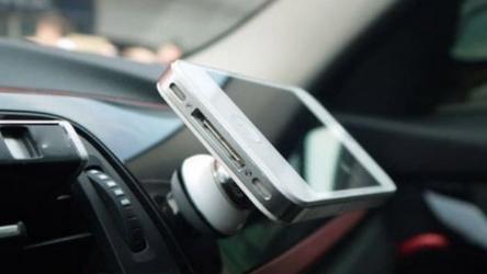 Les meilleurs supports téléphone voiture grille aération